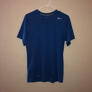 🔥Nike Dri Fit Workout Shirt